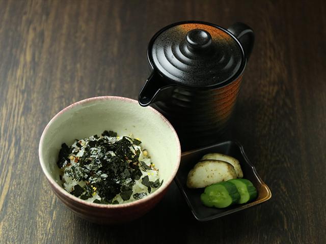 西中島南方の鶏鍋あんここお茶漬け写真